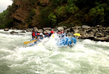What are the best rafting rivers in Nepal?