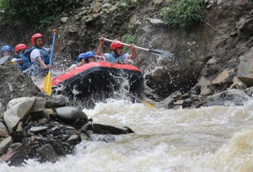 This Holiday: Prep up for the River Rafting adventure!