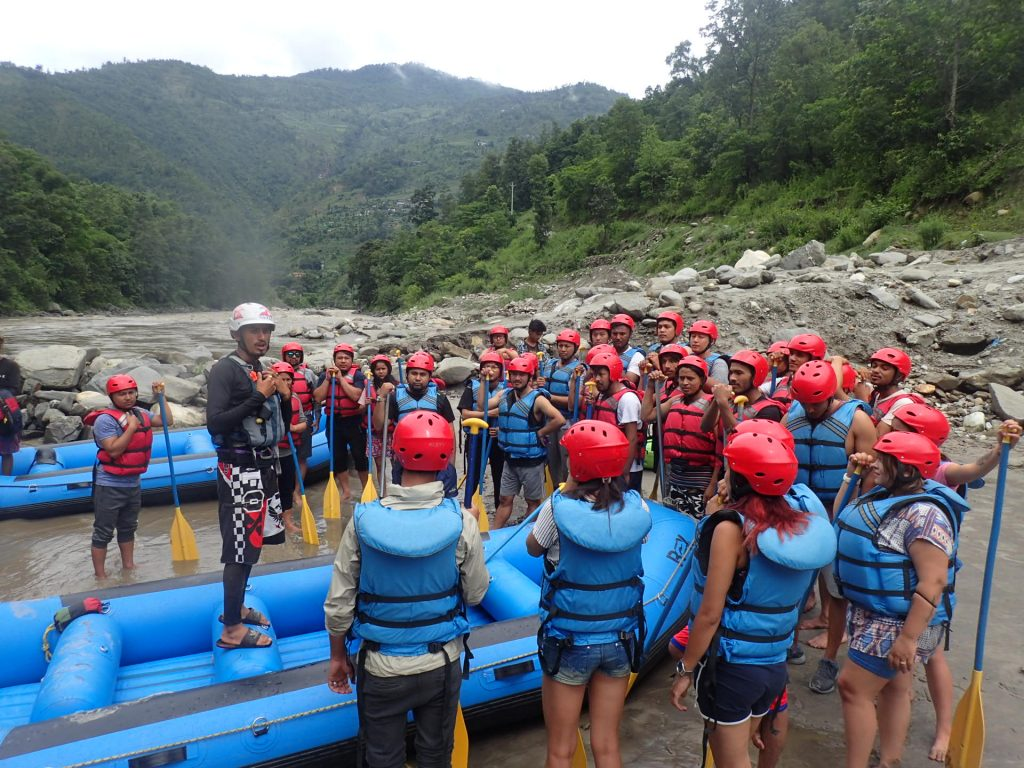 Things to remember before you go rafting