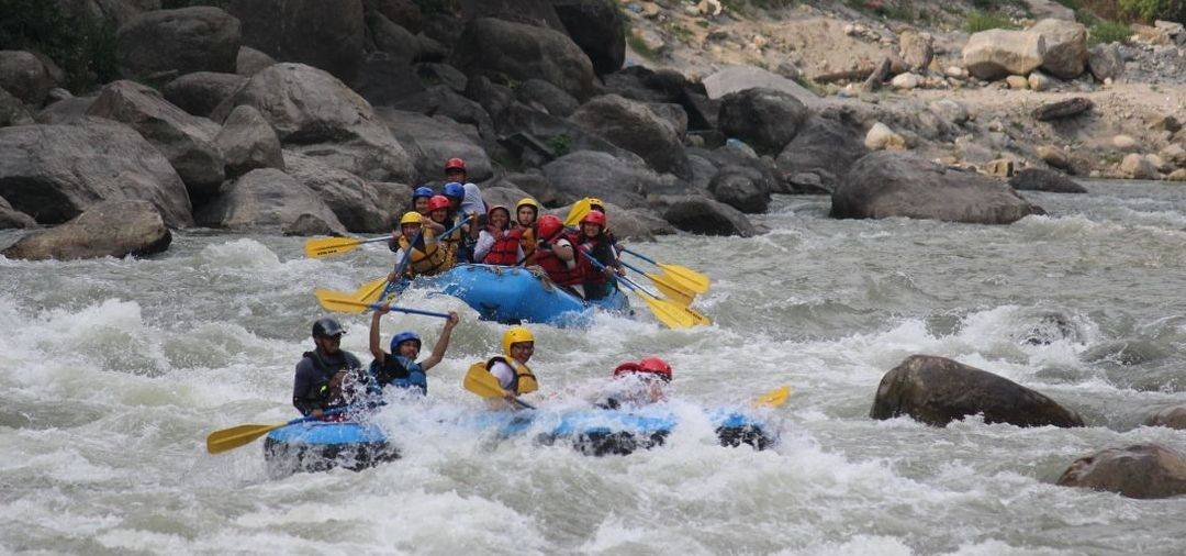 5 reasons to consider White Water Rafting